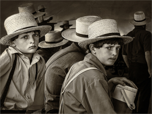 boys in straw hats