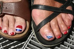 susan_patriotic feet0001